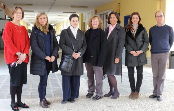 En la foto, de izquierda a derecha, Alison O'Connor, María Reyes, Mª Ángeles Conde, Pat Moore, Clementina Persaud, Elisa Alonso y Nick Strompoly.