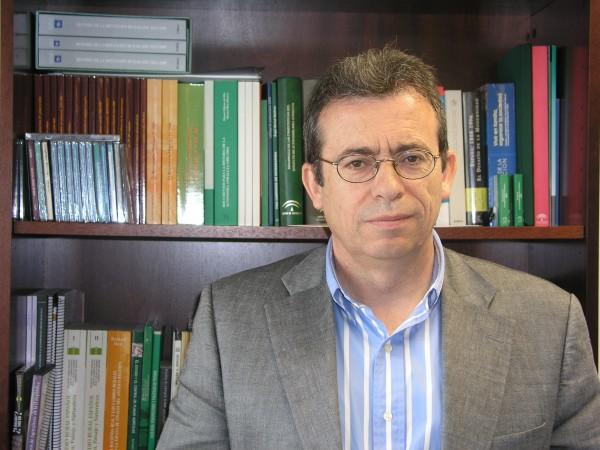 Manuel González de Molina, catedrático de Historia Contemporánea