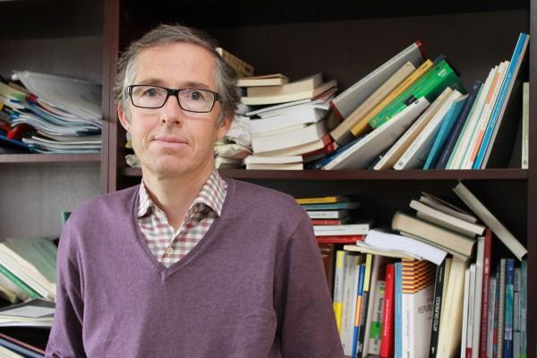 Carlos Alarcón Cabrera, catedrático de Filosofía del Derecho, es el único candidato