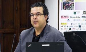Jesús Cárdenas durante el curso impartido en Carmona