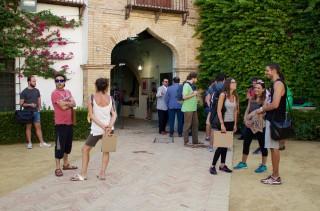 alumnos de los cursos de verano en la Casa Palacio de los Briones, sede de la UPO en Carmona – Rectora Rosario Valpuesta