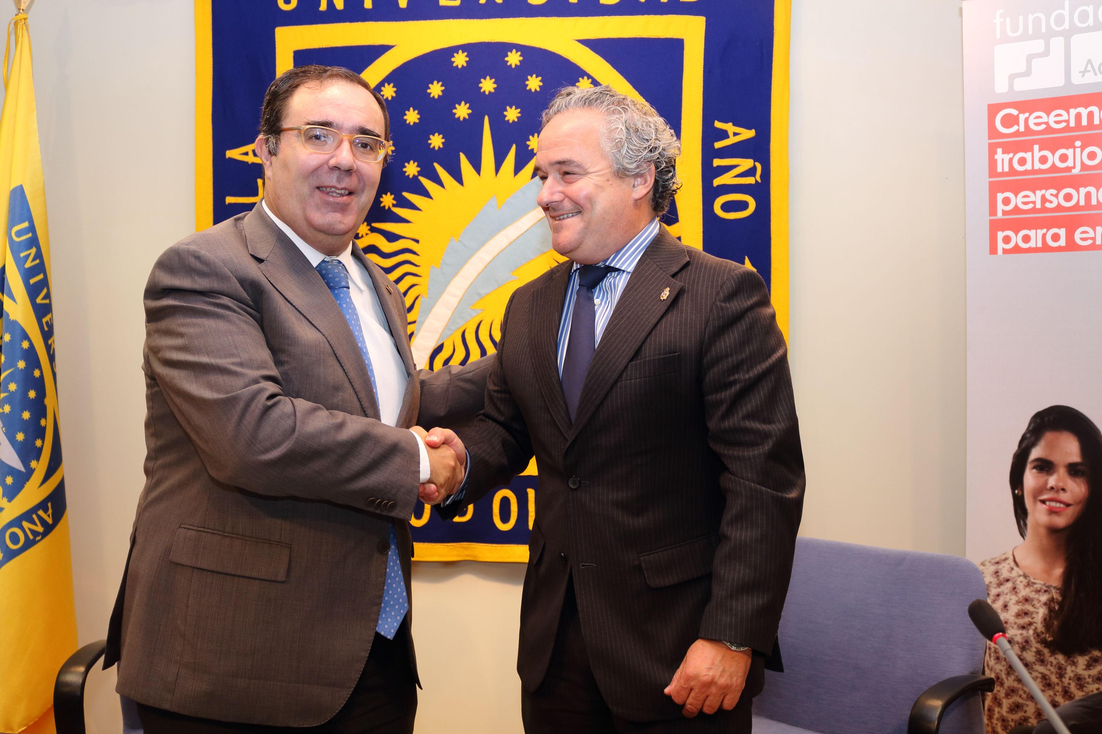 Imagen https://www.upo.es/diario/wp-content/uploads/2016/10/Conv-Fund_ADECCO-UPO03.jpg