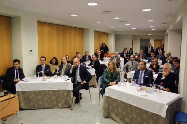 más de 20 representantes de un total de 15 empresas han participado en el foro