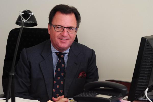 El catedrático de la UPO Andrés Rodríguez Benot.