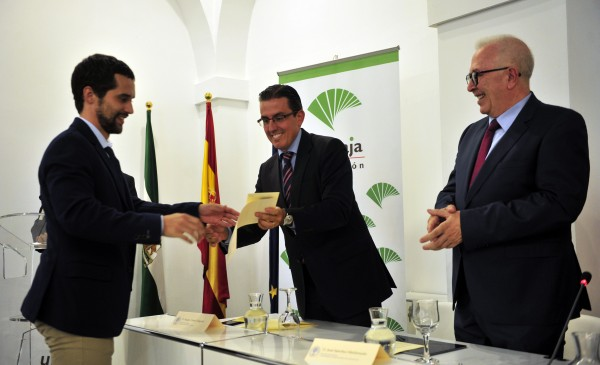 Imagen https://www.upo.es/diario/wp-content/uploads/2017/07/premio_unicaja-600x365.jpg