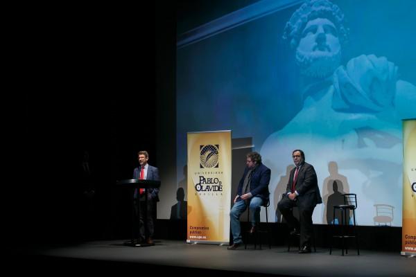 Presentación del documental 'Adriano-Metamorfosis' en el Teatro Alameda
