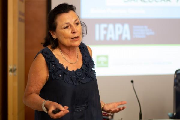 Belén Puertas, investigadora principal del Rancho de la Merced del Instituto de Investigación y Formación Agraria y Pesquera