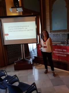 """Verónica Pacheco ha particiapdo con la ponencia ha impartido la ponencia """"La formación lingüística como instrumento de internacionalización del PAS"""""""