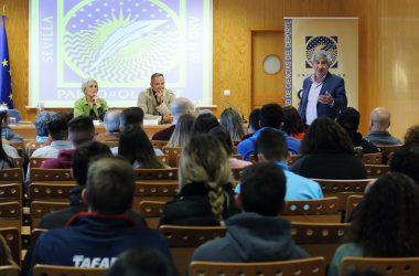 José Carlos Jaenes en la presentación del Seminario