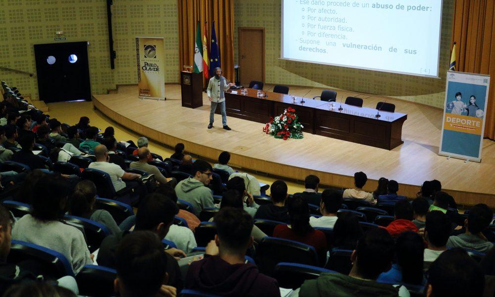 Más de 1.000 estudiantes han participado en los cursos de verano de la UPO