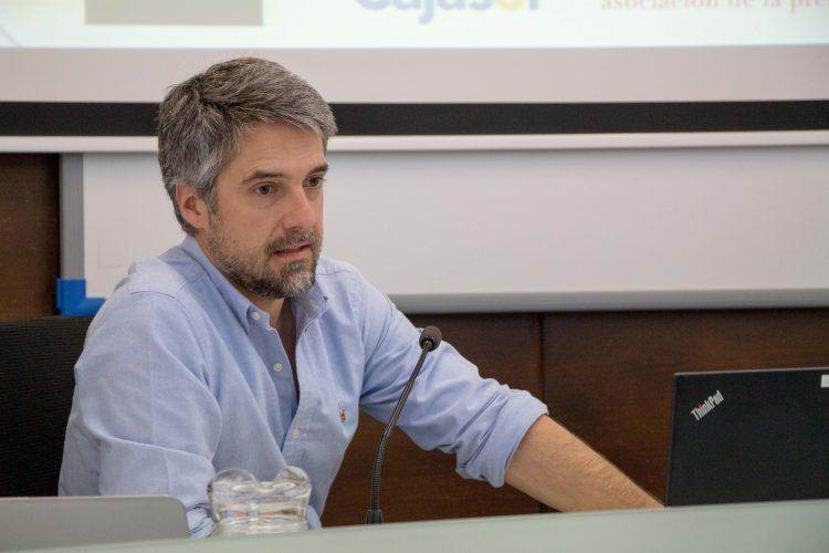 Carlos Franganillo en la sede de la UPO en Carmona