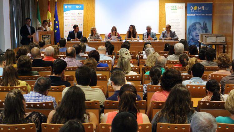 Juan Padilla, Mª Paz Lagares, Mercedes López, Rosa Díaz, Rafael Caballero y José Manuel Hermida en la clausura del programa 'Yo me preparo'