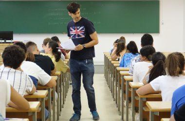 Estudiantes durante la PEvAU de septiembre en el campus de la UPO
