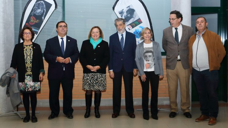Imagen https://www.upo.es/diario/wp-content/uploads/2019/11/Visita-CABD-PtaCSIC_20191114_02-750x422.jpg
