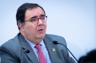 Vicente Guzmán Fluja, rector de la UPO