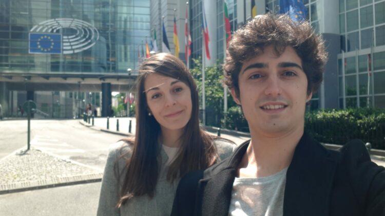 Laura Zunk Parras y Fernando Carrasco Mateos desarrollan su beca en Bruselas.