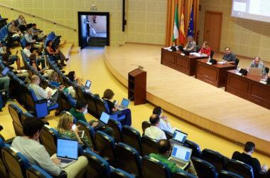 El Consejo de Gobierno reunido en el Paraninfo de la UPO