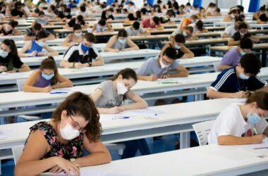 Estudiantes durante la PEvAU