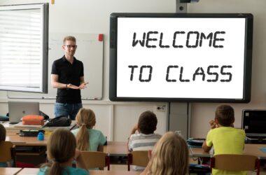 Profesor de inglés en clase
