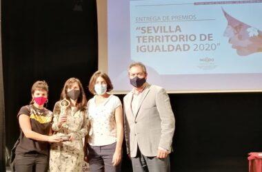 Paula Rodríguez Modroño y Juan Espadas
