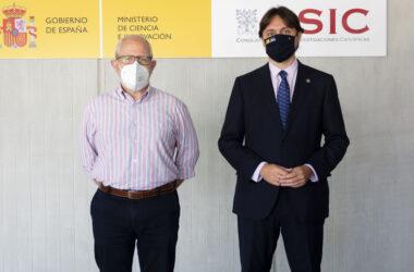 Enrique Martínez y Francisco Oliva en el Instituto de la Grasa