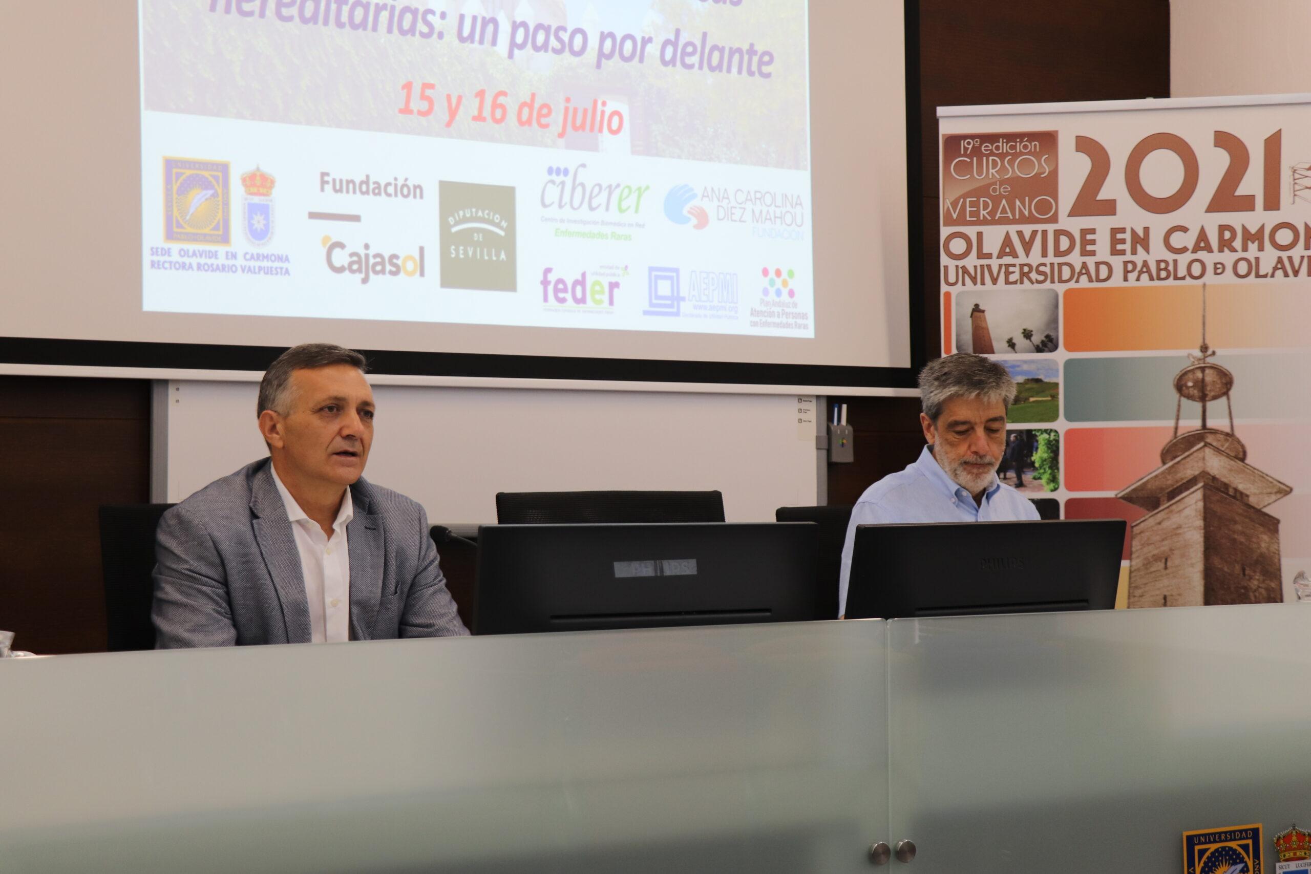Carlos Santos y Plácido Navas en la sede Olavide en Carmona