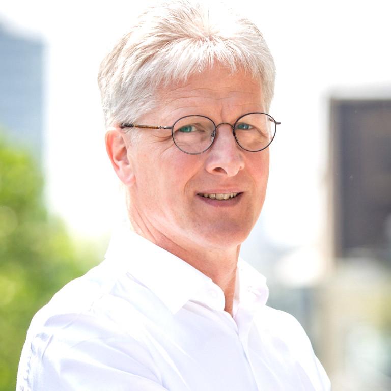 Dr. Jens Boenisch