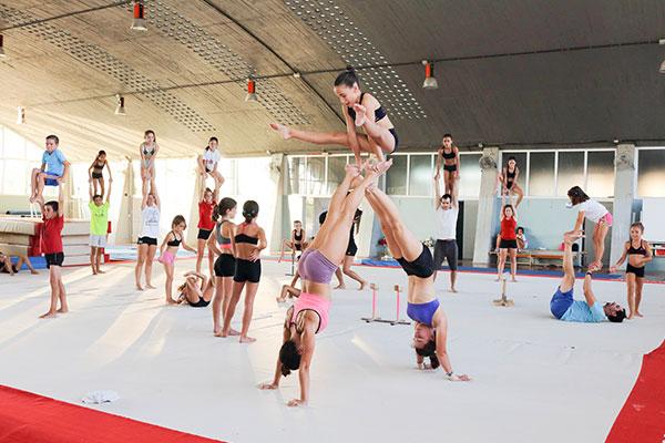 Gimnasia-Acrobatica-SDUPO-Escuelas-Deportivas